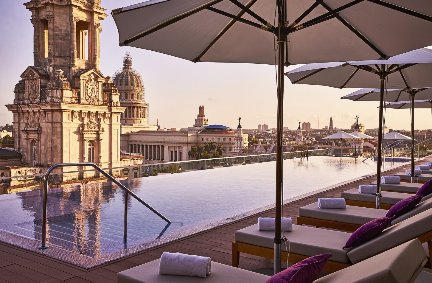 kempinski Rooftop Pool sunrise
